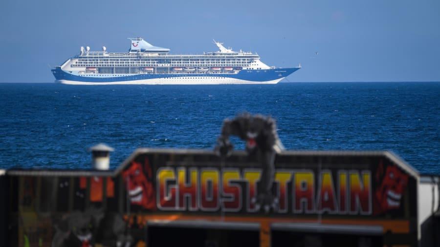 """رغم خروجها من الخدمة بسبب كورونا..""""سفن الأشباح"""" تجذب السياح في المملكة المتحدة"""