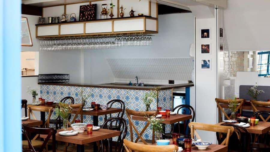 ترك سوريا كلاجئ منذ 6 سنوات..ويمتلك اليوم أحد أهم المطاعم في لندن