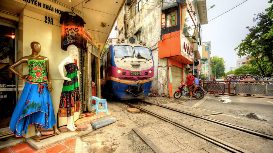 ماهو السر وراء تكدس شوارع فيتنام بالدراجات النارية؟