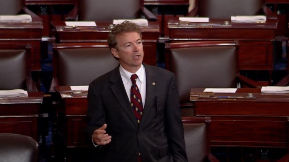 نائب أمريكي يخطب 10 ساعات لمحاولة عرقلة التصويت على قانون للتجسس