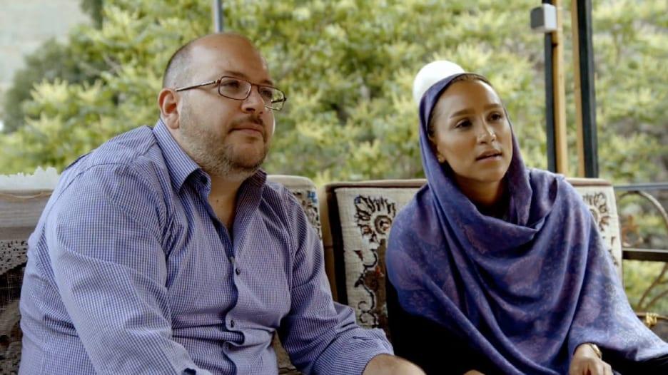 قبل الحكم بأيام.. هل يتحول الصحفي الأمريكي ريزاين لرهينة سياسية بإيران؟