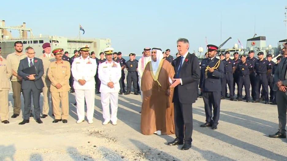 بريطانيا تؤسس بالبحرين أول قاعدة شرق قناة السويس منذ 1967.. والشيخ خالد لـCNN: لولا الوجود العسكري لبتنا كخليج عدن
