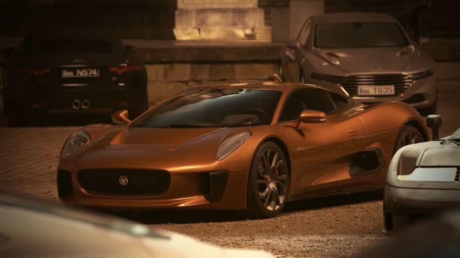 هذه هي السيارة الشريرة في فيلم بوند الأخير
