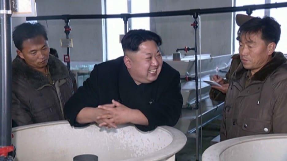 بالفيديو: هل فقد زعيم كوريا الشمالية عقله أم يخشى مصير معمر القذافي وصدام حسين؟