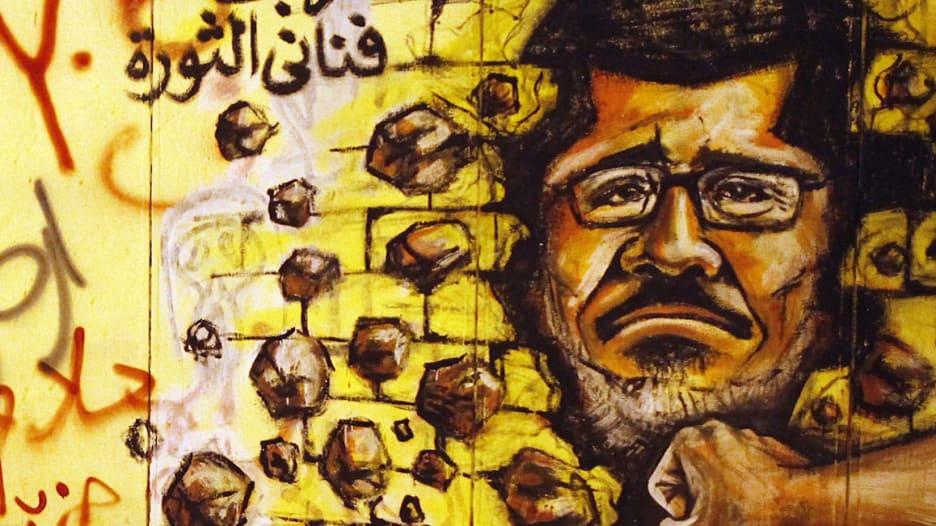 فيديو يلخص 5 سنوات من عمر مصر بذكرى يناير: من سجن مبارك إلى سجن مرسي.. مجدداً