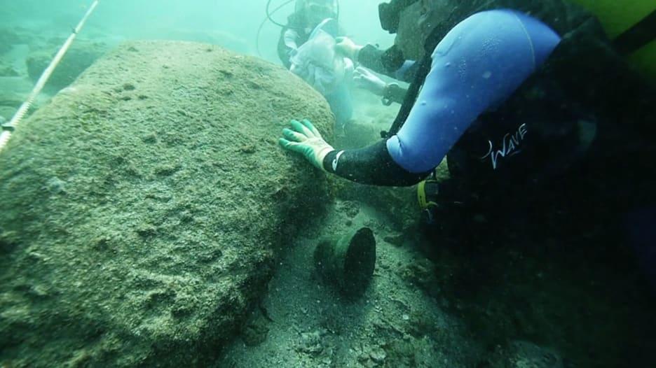 """شاهد.. سفينة المستكشف """"فاسكو دا غاما"""" التي غرقت قبل 500 عام عثر عليها قرب سواحل عُمان"""