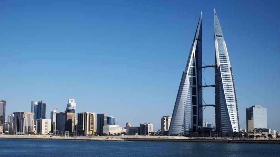 """كبير اقتصاديي مجلس التنمية: """"رؤية 2030"""" السعودية ستفيد البحرين والنمو بظل سياسات الدعم بالخليج """"مرهق"""""""