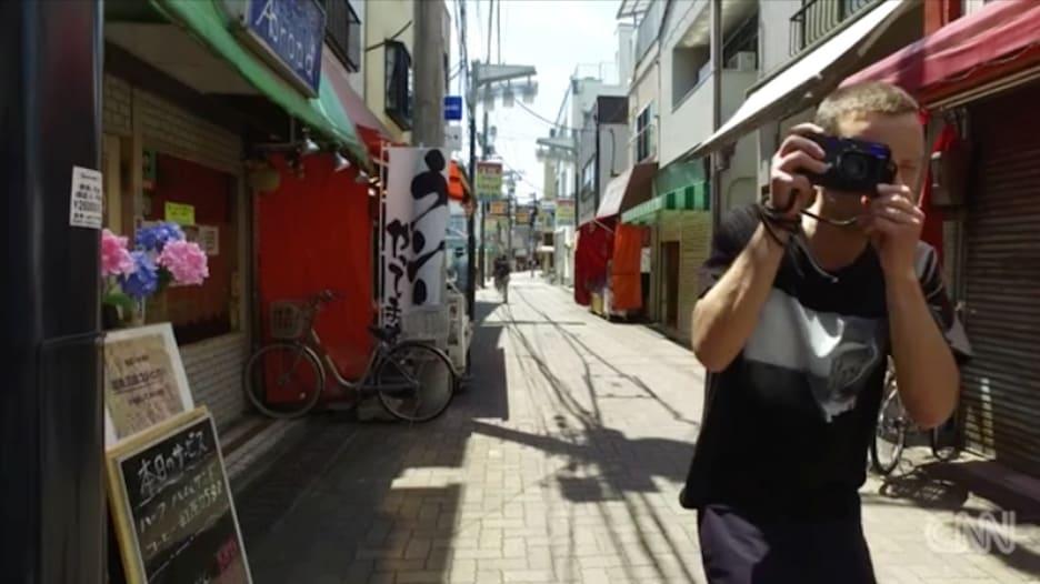 """صور من طوكيو.. مدينة """"تتناقض"""" فيها الأصالة مع الحداثة"""