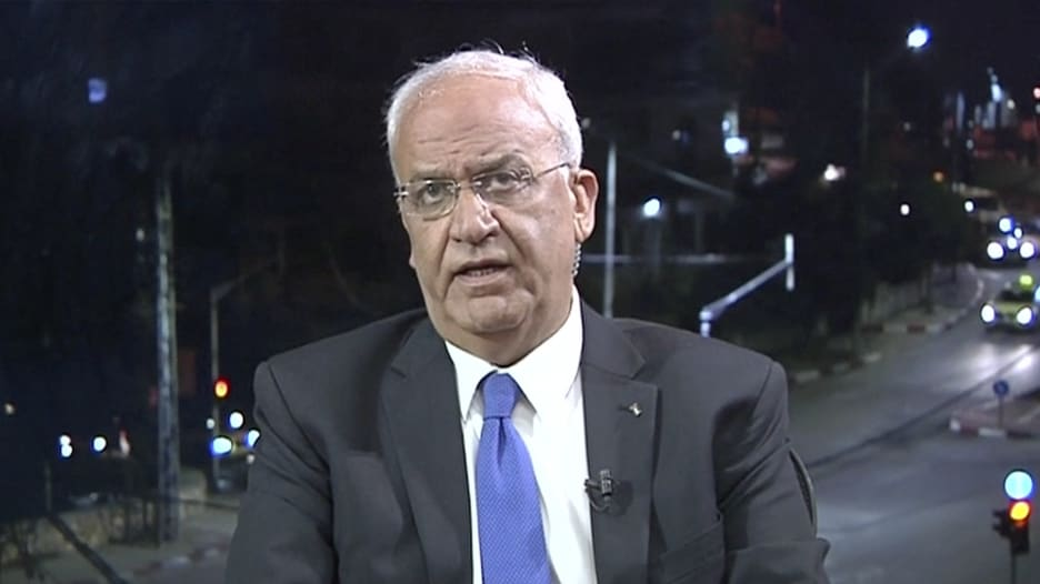 عريقات لـCNN: منظمة التحرير ستلغي اعترافها بإسرائيل إذا نقلت أمريكا سفارتها للقدس