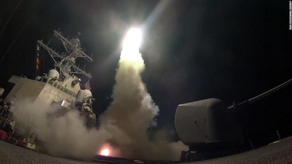 """بعد تحذير أمريكا لسوريا بشأن الكيماوي.. الجيش الأمريكي """"جاهز"""" لضربة أخرى"""