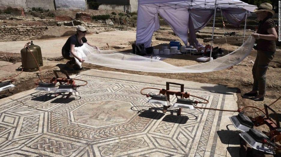 شاهد.. اكتشاف حي روماني قديم في فرنسا
