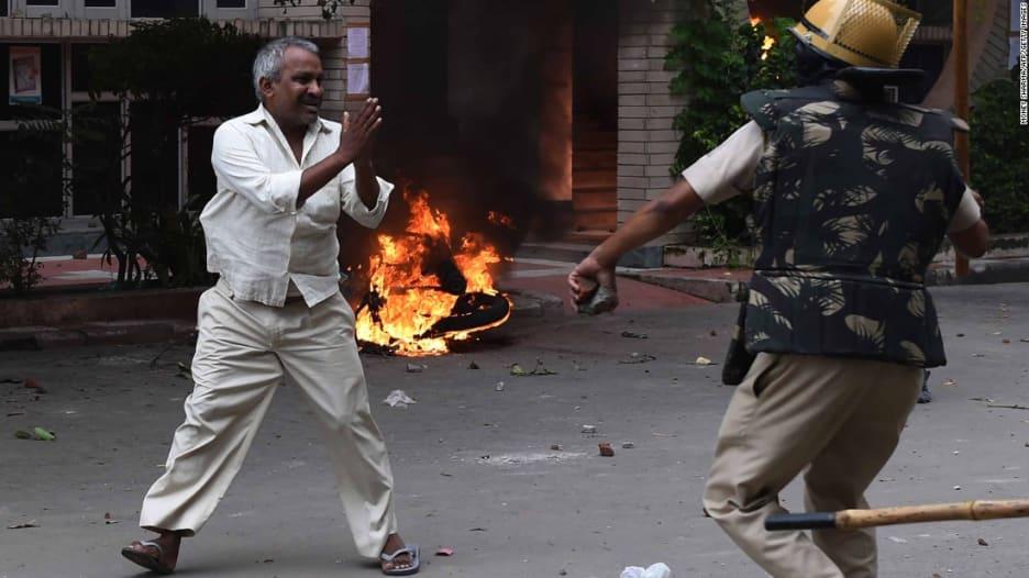 الهند: إدانة زعيم جماعة روحية بالاغتصاب.. وسقوط عدة قتلى في احتجاجات لأنصاره