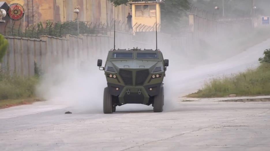 شاهد.. عربات مدرعة باكستانية في معرض البحرين للدفاع