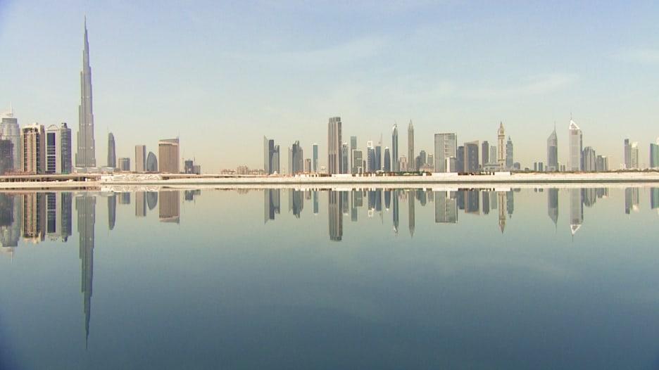 دبي هي بندقية القرن الـ21.. برأي أحد أكبر شخصيات عالم العمارة المعاصر!