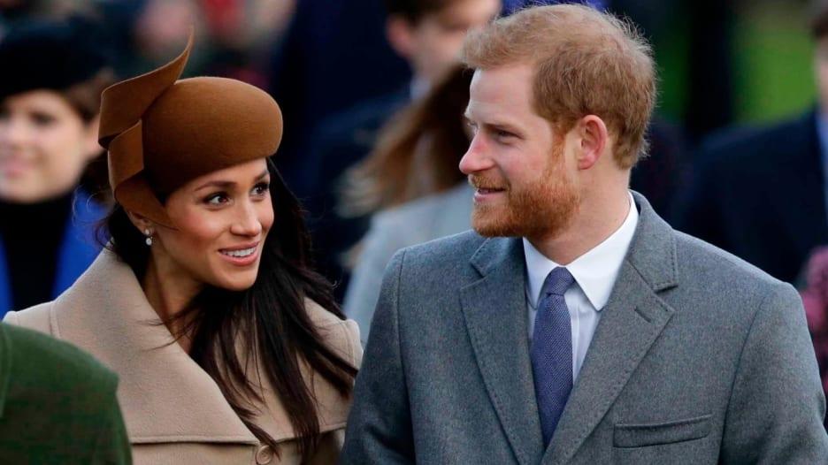 كيف كسر الأمير هاري وميغان التقاليد الملكية بعيد الميلاد؟