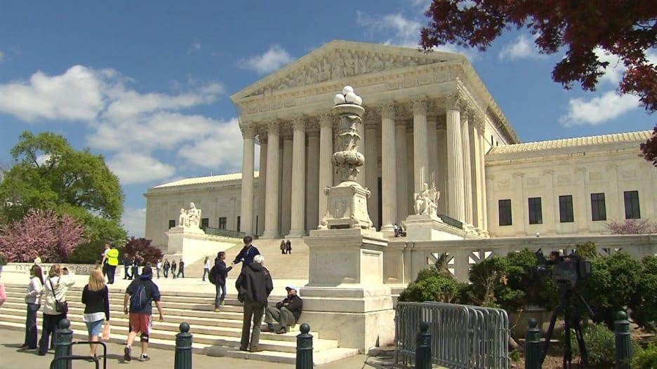 أمريكا: المحكمة العليا تفتح ملف التحرش الجنسي بالقضاء