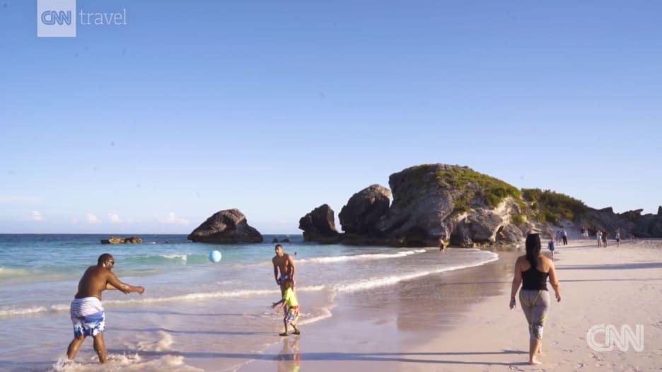 خليج هورسشو في برمودا مغامرة لا تنسى