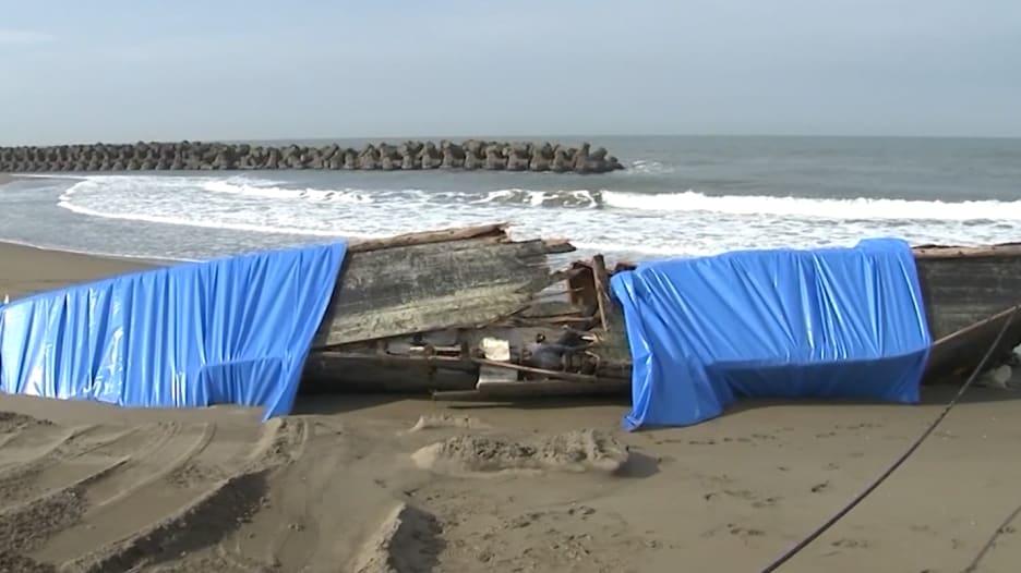 """بـ2018.. """"سفن الأشباح"""" تستمر بالظهور على شواطئ اليابان"""