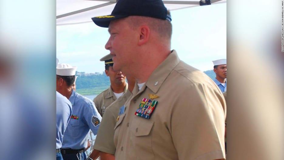 """رشاو """"جنسية"""" لضباط بالبحرية الأمريكية مقابل معلومات سرية"""
