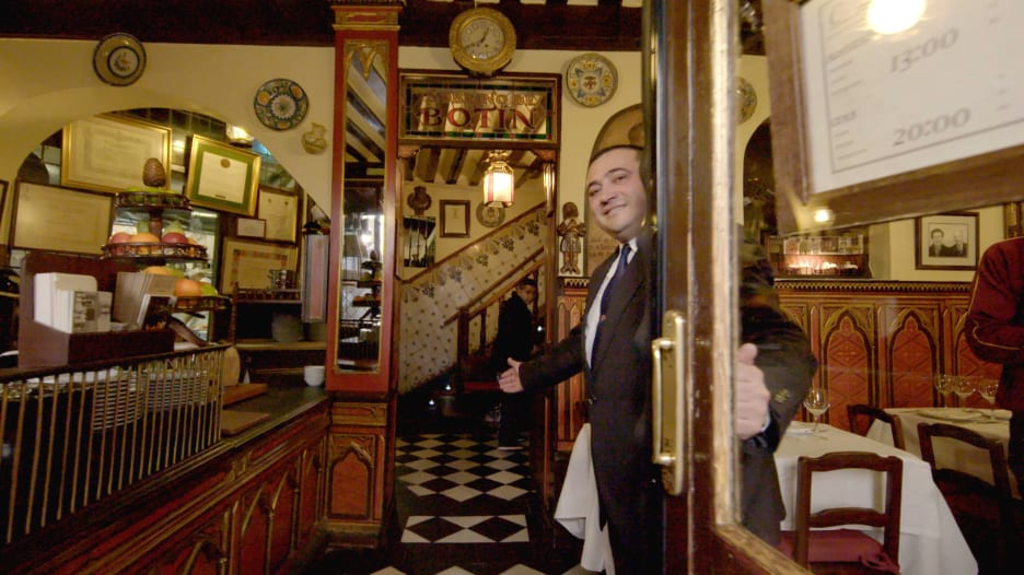 ادخل معنا إلى أقدم مطعم في العالم..عمره 293 عاماً
