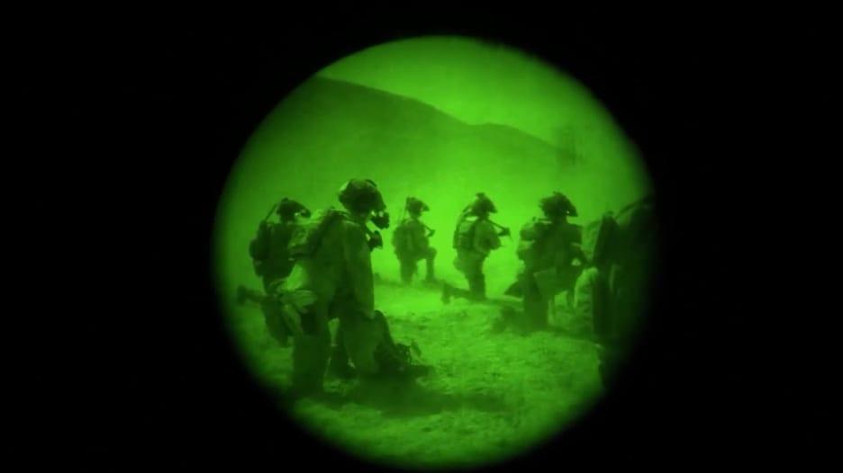 بكاميرا جندي.. عملية أمريكية مشتركة قتلت قائدا بداعش في أفغانستان