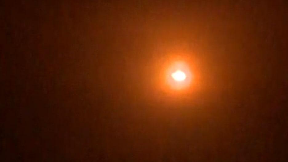 """شاهد.. كاميرا CNN ترصد إطلاق صواريخ """"إيرانية"""" على الجولان"""