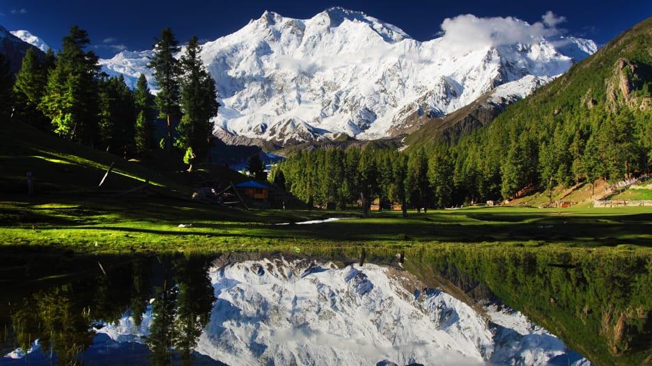 اكتشف خبايا وأسرار باكستان السياحية