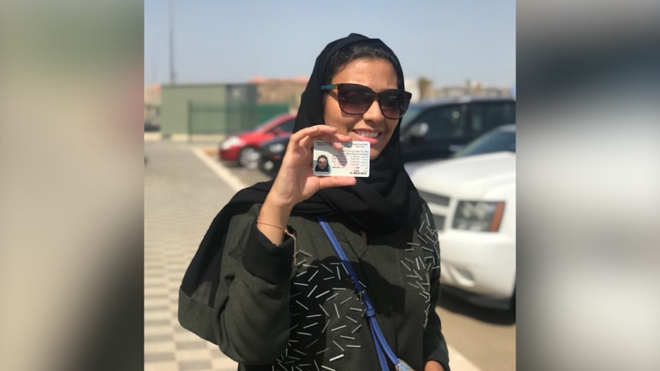 سعوديات يعبرن عن فرحتهن بالقيادة..بهذه الكلمات