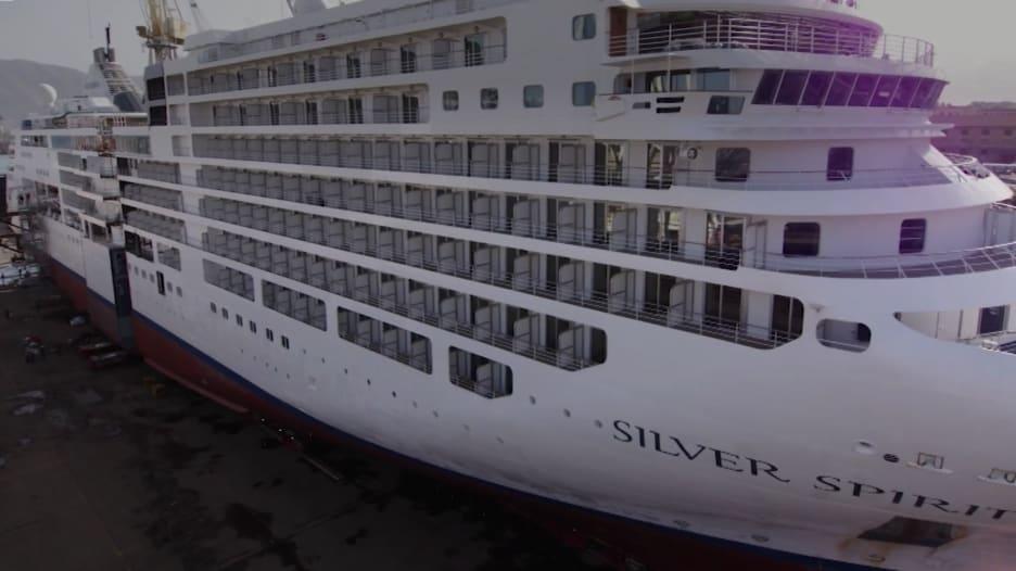 10 وسائل الراحة غير عادية للسفن السياحية