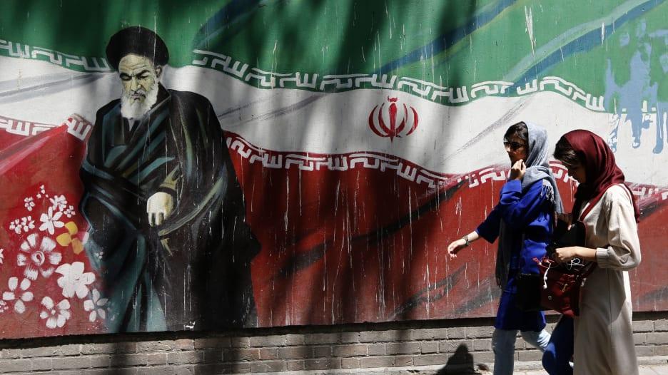 100 شركة عالمية تنوي مغادرة إيران.. تعرف على أهمها