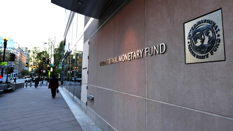 صندوق النقد يطمئن العرب بتراجع الغلاء في 2019 ويحذر الإيراني
