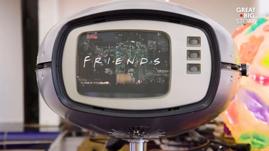 """تعرفوا إلى العبقرية التي تقف وراء أغنية مسلسل """"فريندز"""""""