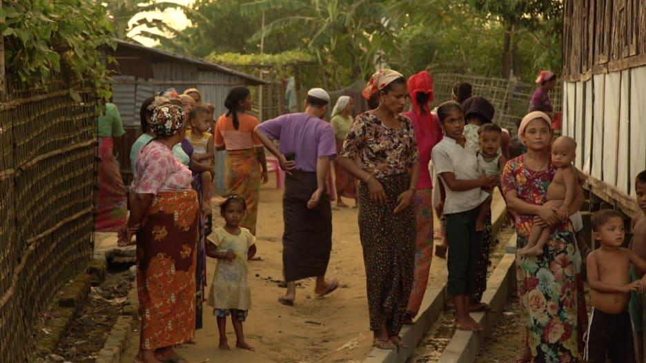 """كاميرا CNN مع الروهينغا داخل """"سجون ميانمار المفتوحة"""""""