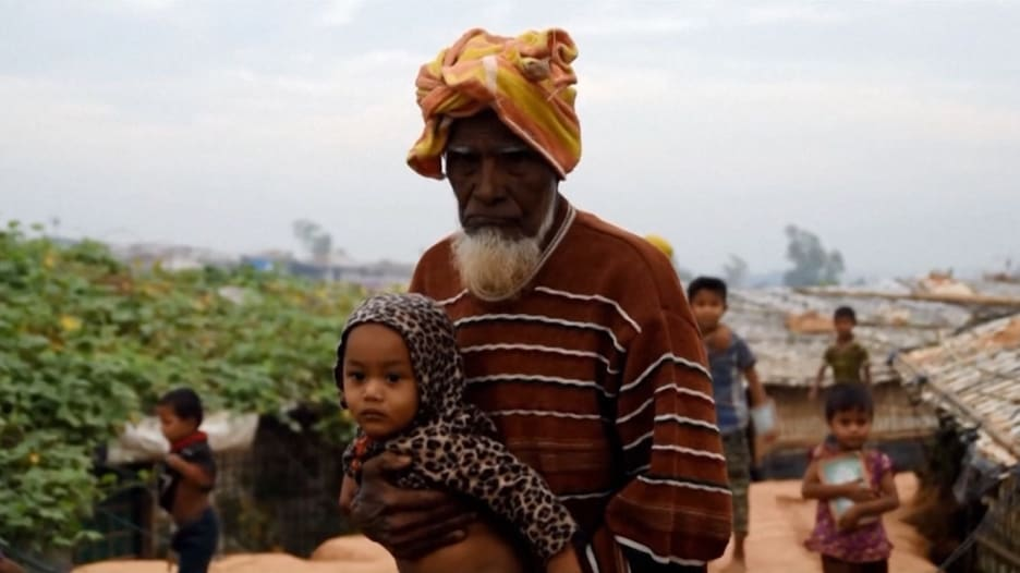 قبل إعادتهم إلى وطنهم.. الروهينغا: اقتلونا قبل إرسالنا