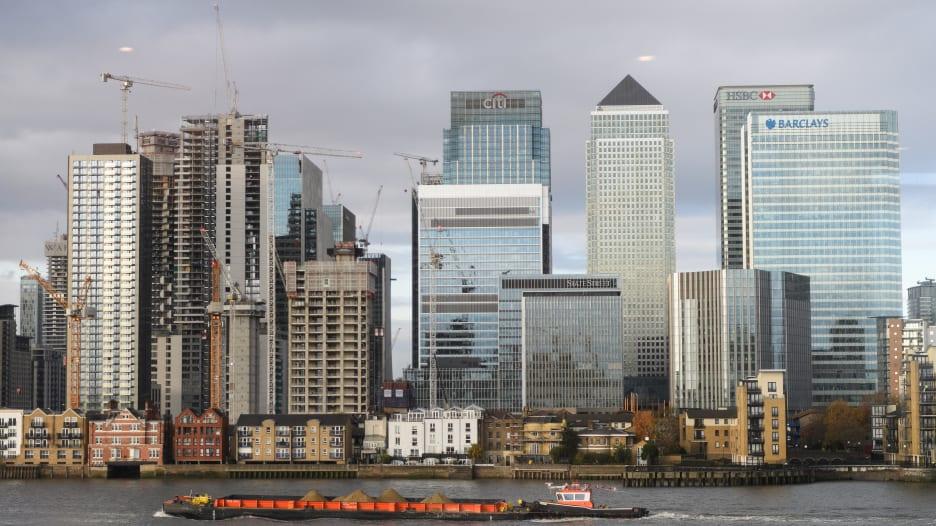 خسائر بريطانيا الاقتصادية من بريكسيت.. أكثر من سيناريو