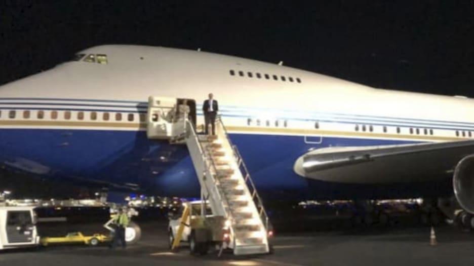 كيم كارداشيان تتباهى بالسفر في طائرة خاصة ضخمة