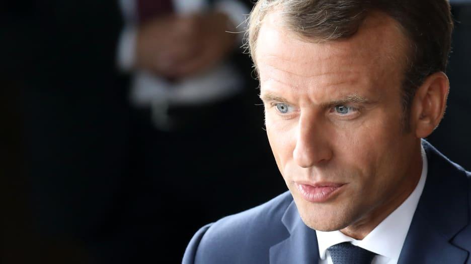 """كم ستتكلف استجابة ماكرون لاحتجاجات """"السترات الصفراء"""" في فرنس"""