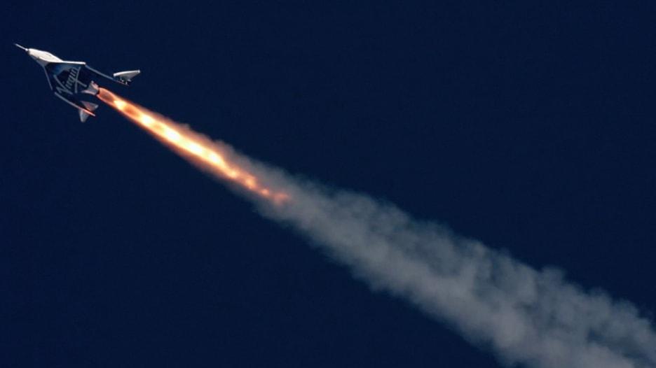 """طائرة """"فيرجن غالاكتيك"""" الأسرع من الصوت تصل إلى الفضاء"""