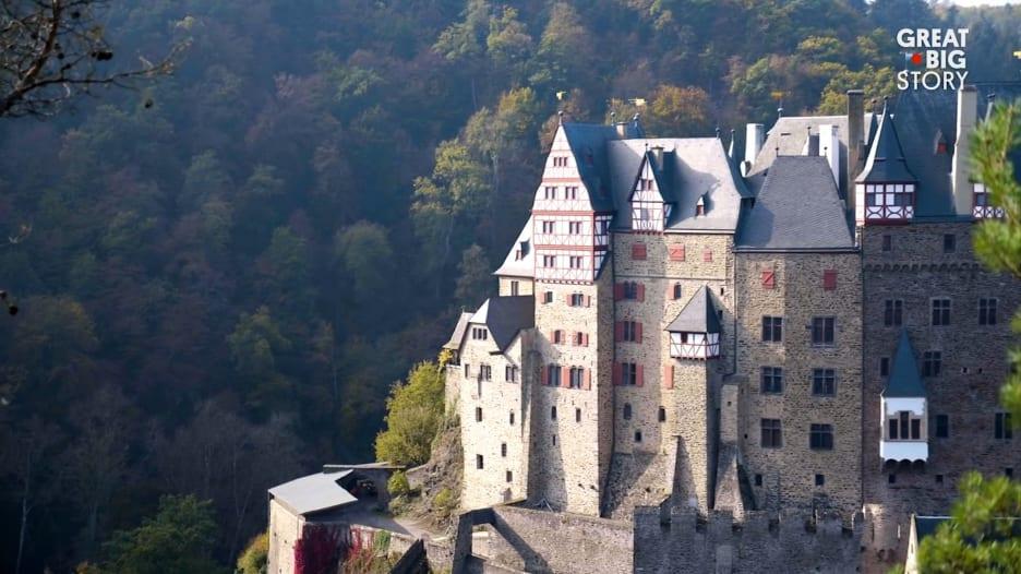 كانت هذه القلعة الألمانية منزل عائلة لمدة 850 عاماً