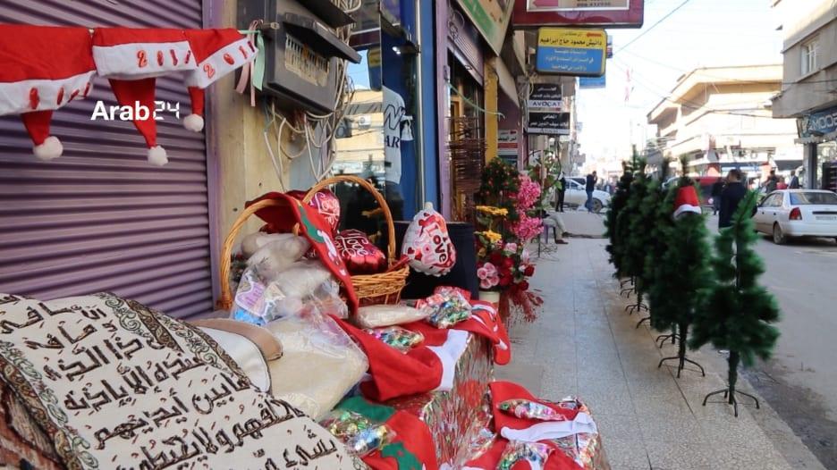 سوريا.. شوارع القامشلي تتزين احتفالاً بعيد الميلاد