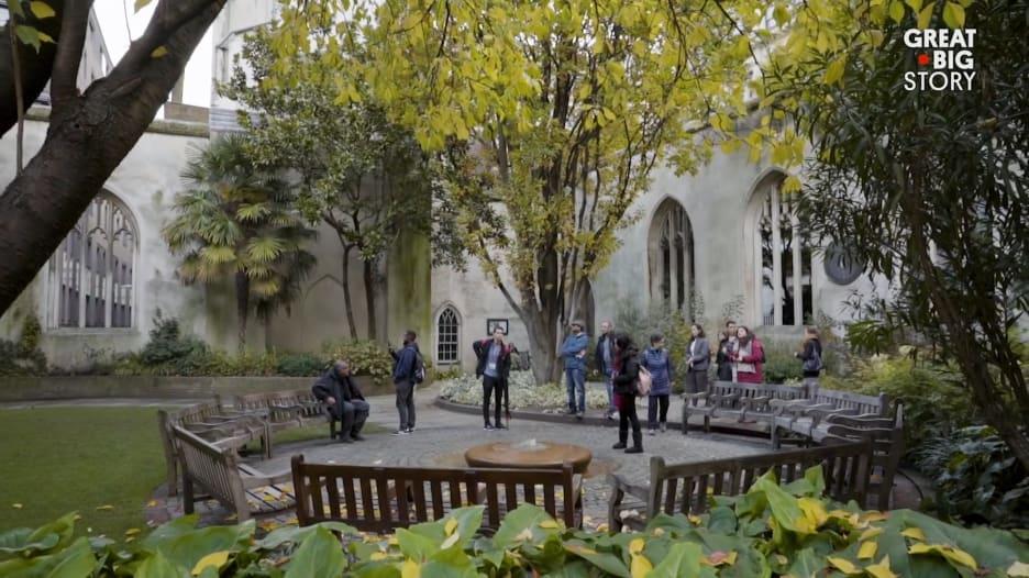 في وسط لندن.. حديقة مخفية يجهل الكثيرون وجودها