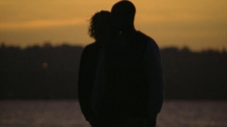 دراسة حول قوة الشعور بالوحدة في أوقات معينة من العمر