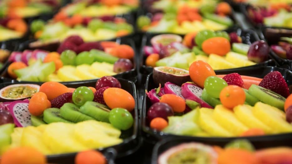 ما سر هذا النظام الغذائي الذي سينقذ حياة الناس والكوكب؟