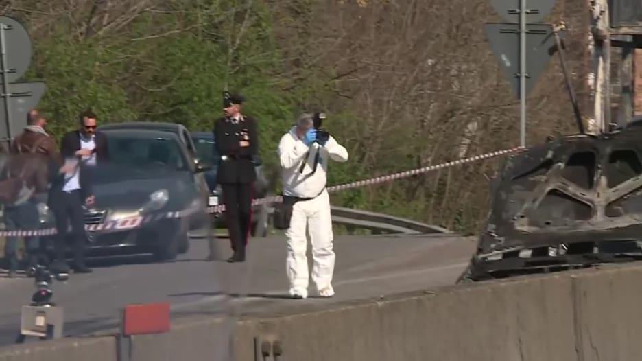 رجل يخطف حافلة تقل 51 طفلاً ويشعل النيران فيها بإيطاليا
