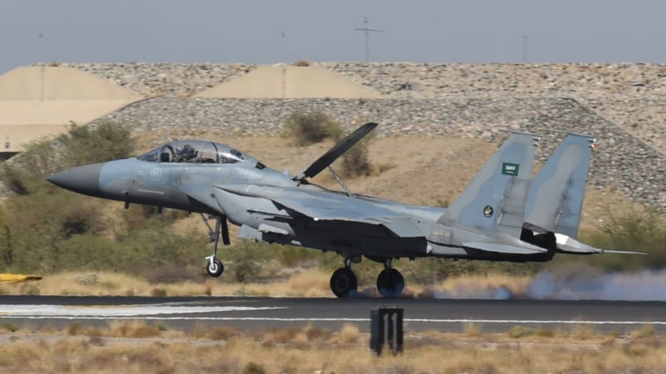 تعرف على قدرات مقاتلة F-15 التي تمتلكها السعودية وإسرائيل