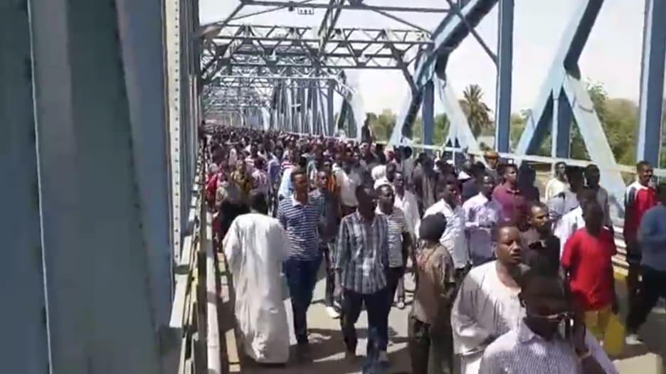 بكاميرا CNN.. استمرار الاحتجاجات في السودان