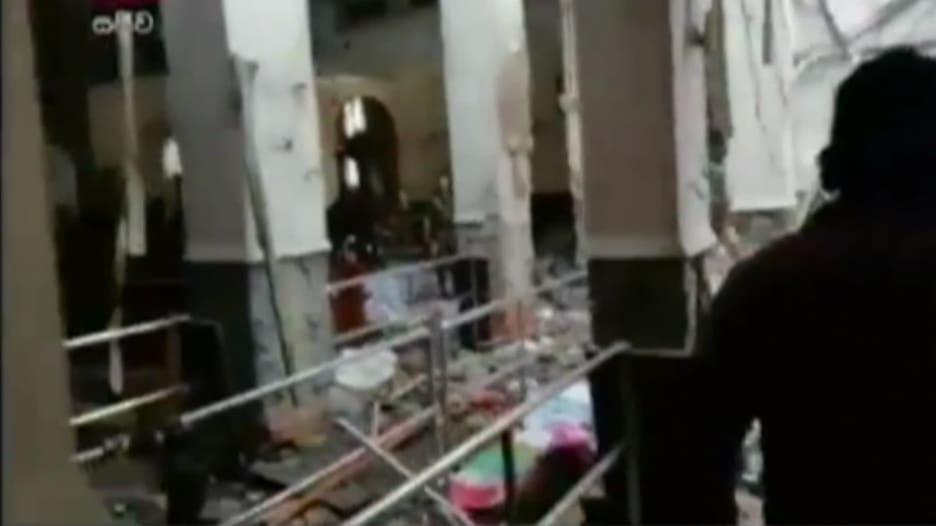مشاهد أولى بعد تفجير بكنيسة بسريلانكا ضمن 5 تفجيرات بالبلاد