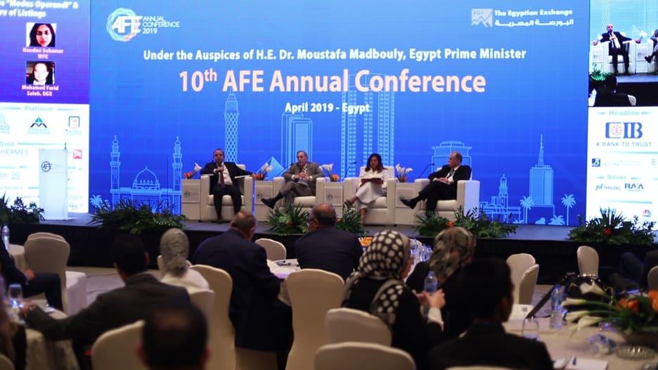 كيف يرى رؤساء بورصات عربية أداء سوقي السعودية والإمارات؟