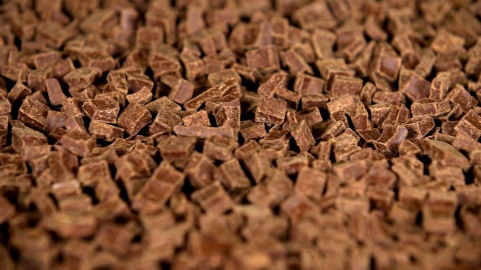 لمحبي الشوكولاتة.. هذه هي الفوائد الصحية لتناولها