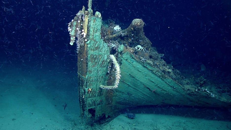 مستكشفون يعثرون بالصدفة على سفينة غامضة
